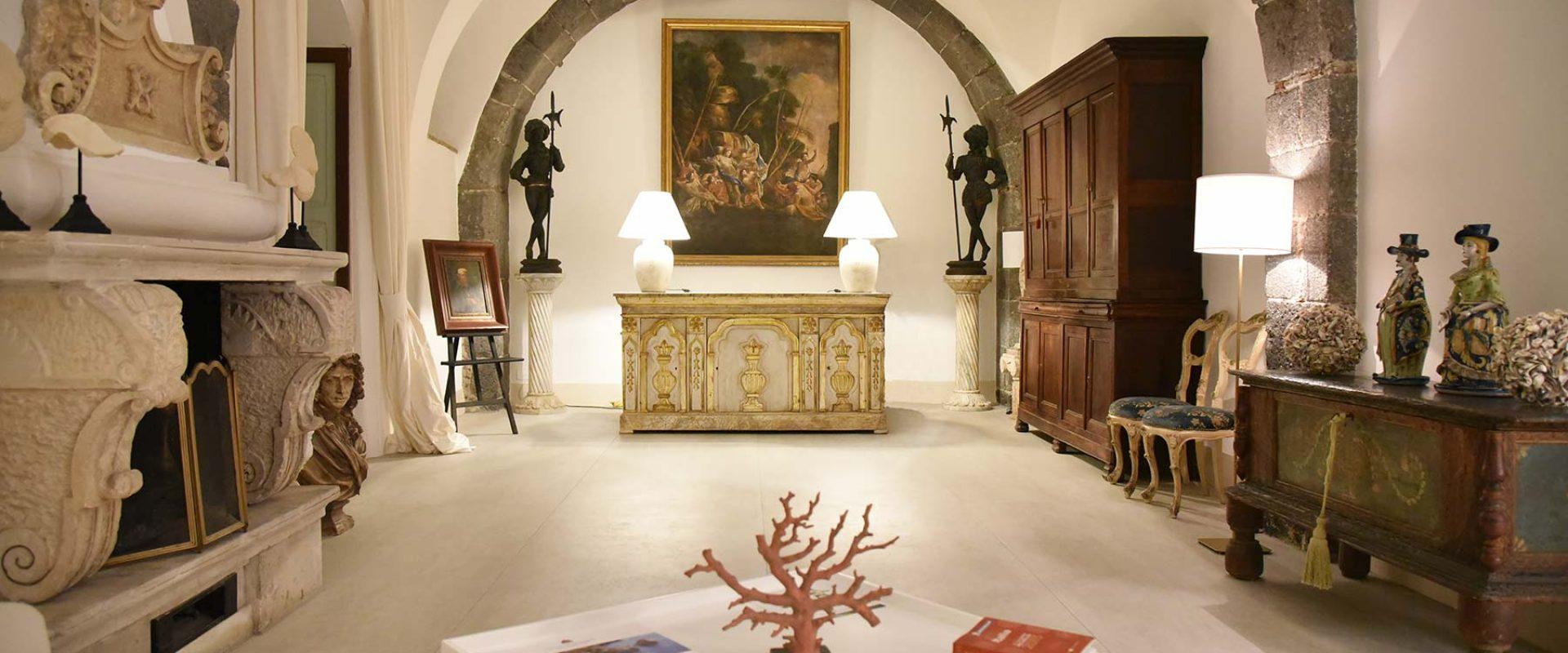 Hall Castello